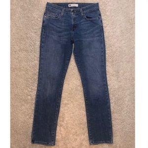 6/$20 Levi's size 4 short 27/30 mid rise skinny